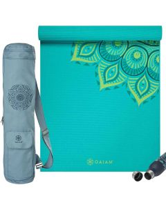 Gaiam Capri Yoga Set picture showing the Capri 6 mm thick yoga mat, the Niagara Bag and the Spring and the Spring Parsley Bottle