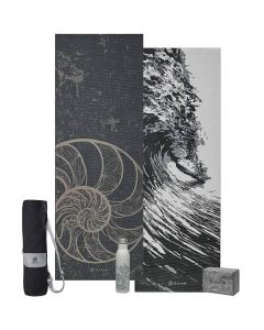 Gaiam Granite Premium selection picture showing the Spiral Mat 6 mm Reversible, the Granite Storm Bag, the Granite Marble Block and the Lava Water Bottle