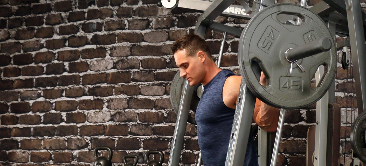 How to Squat in a Power Rack and Boost Your Performance