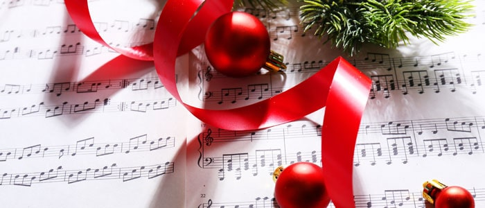 Sheet music with baubles