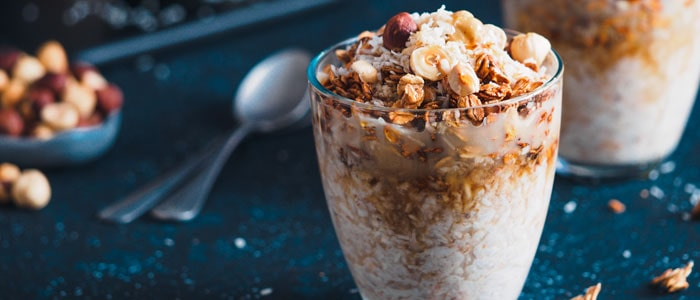 overnight oats as a high-calorie breakfast option