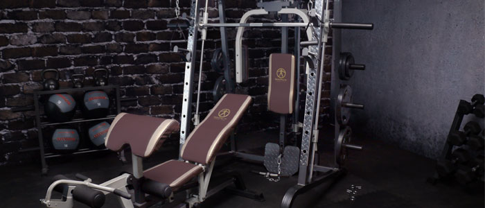 Image of a marcy smith machine in a home gym