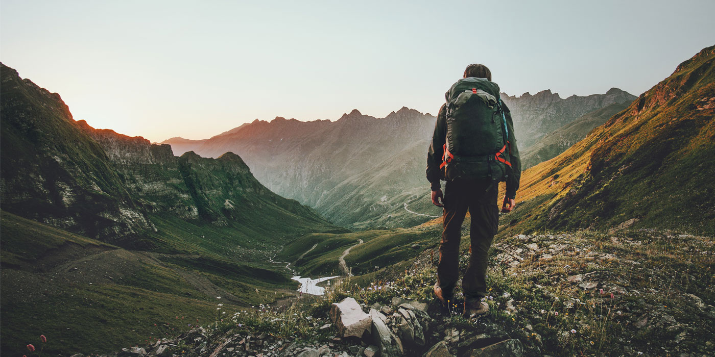 Get Outside: 6 Awesome Benefits of Hiking