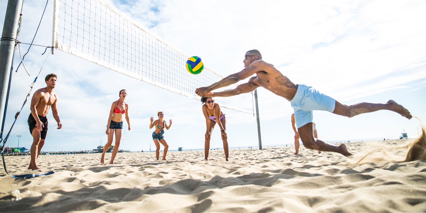 Beginner's Guide to Beach Volleyball